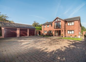 Thumbnail 4 bedroom detached house for sale in Hinckley Road, Leicester Forest East, Leicester
