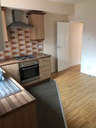 Thumbnail 1 bed flat to rent in Beatrice Road, Leicester
