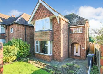 3 bed detached house for sale in Brooklands Way, East Grinstead, West Sussex RH19