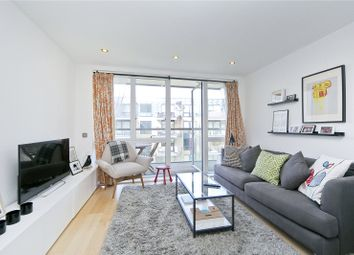 Thumbnail 1 bed flat to rent in Hertford Road, De Beauvoir