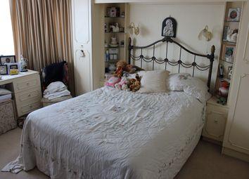 Thumbnail 4 bedroom terraced house to rent in Hamilton Road, Barnet