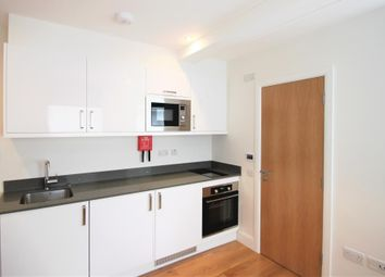 Drakes Courtyard, Kilburn NW6. Studio to rent          Just added