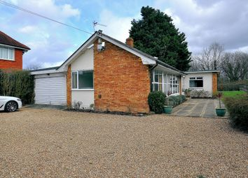 Thumbnail 3 bed bungalow to rent in Staines Road, Wraysbury, Staines