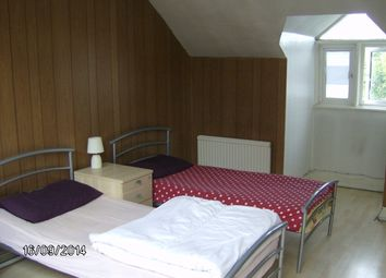 Thumbnail 2 bed flat to rent in Cardiff Road, Luton