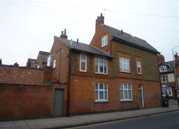 Thumbnail 2 bed flat to rent in Beckingham Road, Leicester