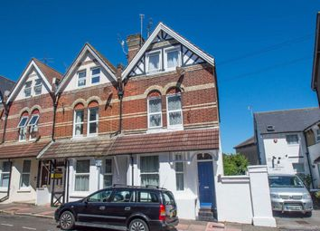2 bed flat to rent in Hyde Road, Eastbourne BN21