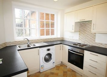 Thumbnail 2 bed flat to rent in Worships Hill, Sevenoaks