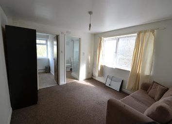 Thumbnail 1 bedroom property to rent in Hainault Rd, Leytonstone, London