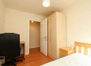 Thumbnail Room to rent in Norway Place, Limehouse