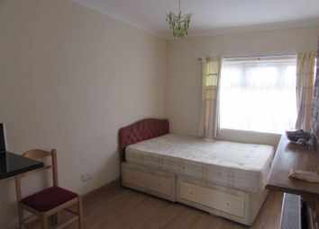 Room to rent in Barley Lane, Goodmayes IG3
