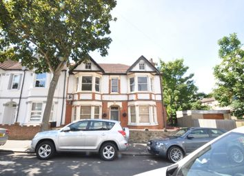 Thumbnail 4 bed flat to rent in Silverdale Ave, Westcliff-On-Sea