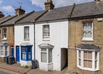 3 bed property to rent in St Peters Grove, Canterbury CT1