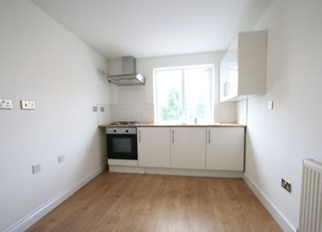 Walworth Road, Elephant And Castle SE17. Studio to rent          Just added