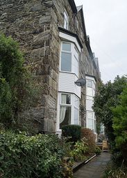 Thumbnail 1 bed flat to rent in Dinas Oleu Road, Barmouth