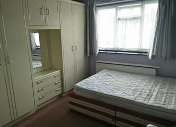 Thumbnail 2 bedroom flat to rent in Rugby Avenue, Wembley