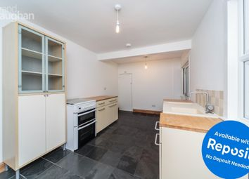 4 bed terraced house to rent in Crescent Road, Brighton, East Sussex BN2