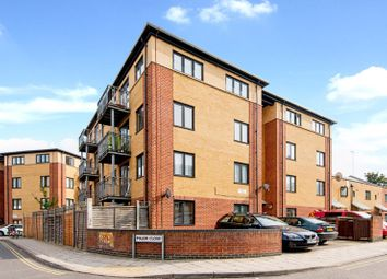 Thumbnail 1 bed flat to rent in Style Gardens, London