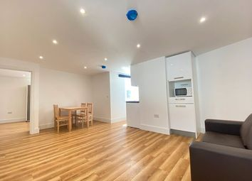 Thumbnail 1 bed flat to rent in St James Road, Bermondsey