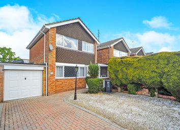 Thumbnail 3 bedroom detached house for sale in Stroma Way, Highworth, Swindon