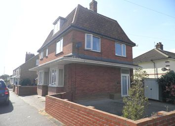 Thumbnail 2 bed flat to rent in Cliff Road, Cromer