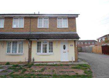 Thumbnail 3 bed property to rent in Cyclamen Place, Aylesbury