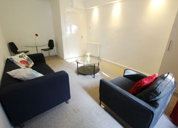 Thumbnail 2 bed flat to rent in Albert Street, Leith