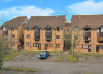 Thumbnail 1 bed flat for sale in Hawkshill, Dellfield, St.Albans