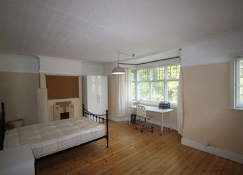 Thumbnail 5 bed property to rent in Victoria Park Road, Clarendon Park, Leicester