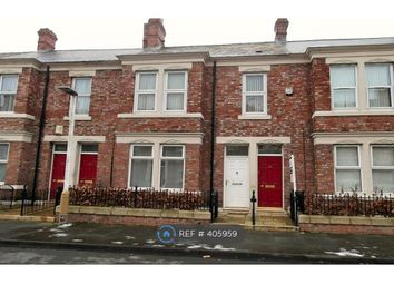 Thumbnail 3 bed flat to rent in Windsor Avenue, Gateshead