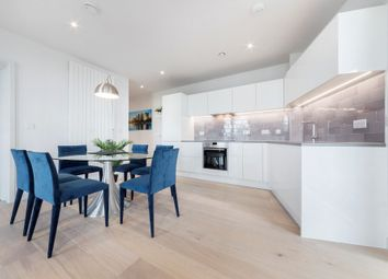 2 bed flat to rent in Mercier Court, 3 Starboard Way, Royal Wharf, London E16
