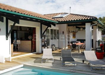 Thumbnail 4 bed villa for sale in Saint Pee Sur Nivelle, Saint Pee Sur Nivelle, France