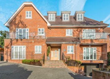 Thumbnail 2 bed flat to rent in Elms Road, Harrow