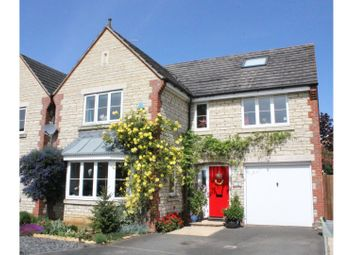 Thumbnail 6 bed detached house for sale in Heigham Court, Faringdon