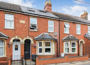 Thumbnail 3 bed cottage for sale in Cherry Orchard, Highworth, Swindon