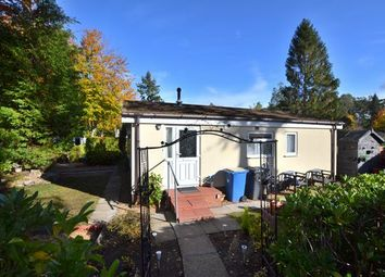 2 bed mobile/park home for sale in Woodland Rise, The Grange Estate, Church Crookham, Fleet GU52