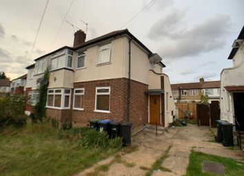 Thumbnail 2 bed flat to rent in Stainton Road, Enfield