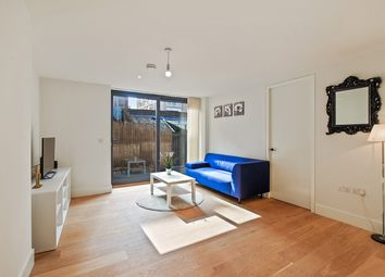 Thumbnail 1 bed flat to rent in Hatton Wall, London
