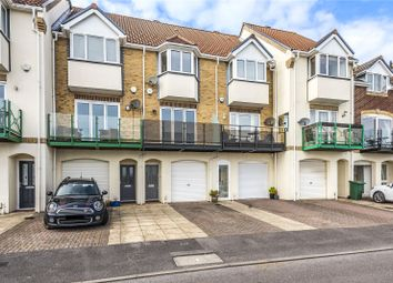 Pacific Close, Southampton, Hampshire SO14. 3 bed town house for sale