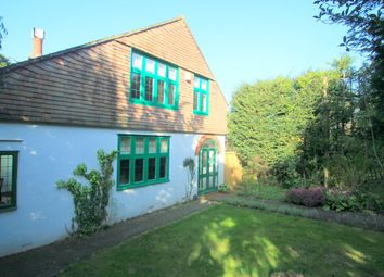 Thumbnail 3 bed property to rent in Higher Drive, Purley