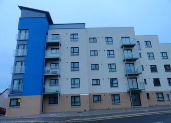 Thumbnail 3 bed flat to rent in Bellfield Street, Dundee