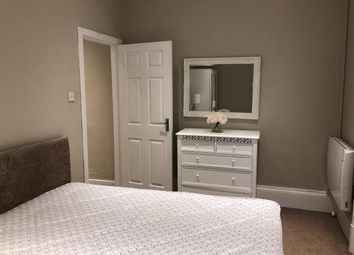 Thumbnail 1 bed flat to rent in Arthurstone Terrace, Dundee