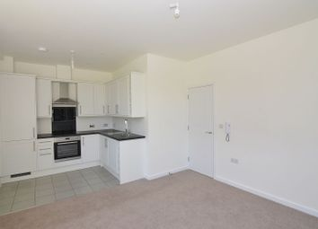 1 bed flat to rent in Emmview Close, Wokingham RG41