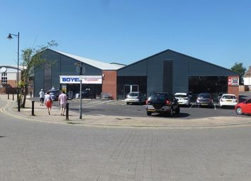 Thumbnail Retail premises to let in Unit 2, Crown House, Heaton Street, Gainsborough, Lincolnshire