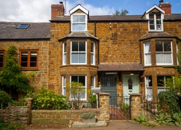 Stratford Road, Drayton, Banbury OX15. 2 bed terraced house for sale