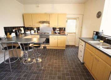 Thumbnail 2 bedroom flat for sale in Cromwell Terrace, Scarborough