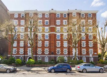 Thumbnail 3 bedroom flat to rent in Grove End Road, London