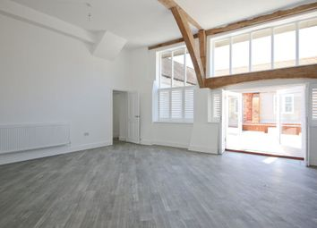 Thumbnail 3 bed barn conversion to rent in Fairtrough Road, Orpington