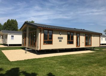 Thumbnail 2 bedroom lodge for sale in Broadway Lane, South Cerney, Cirencester