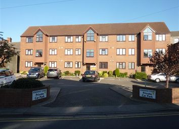 Thumbnail 1 bed flat for sale in Kingsway, Cleethorpes