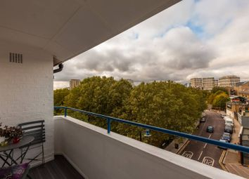 Bunsen House, Grove Road, Victoria Park, London E3. 2 bed flat for sale